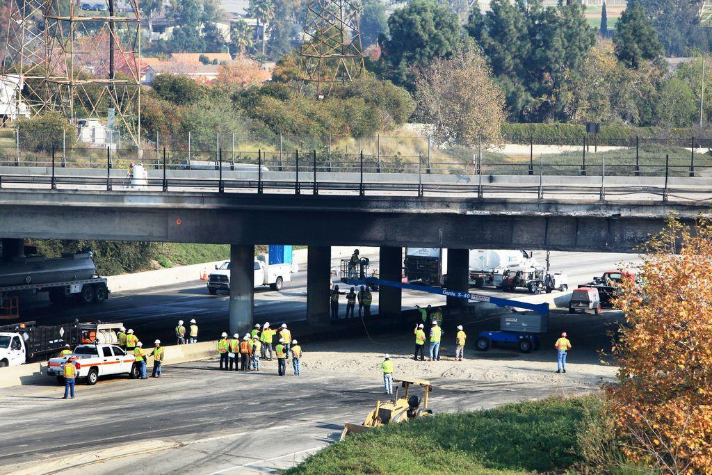 Reconstruirán puente del bulevar Paramount