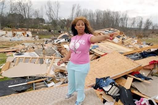 Tornados cobran la vida de 4 víctimas