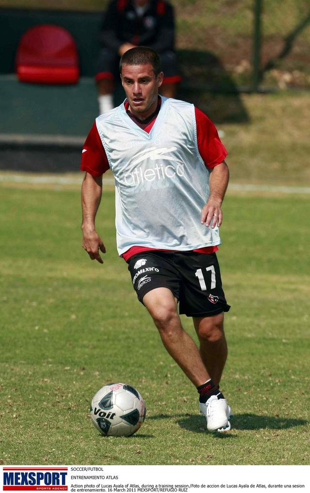 Lucas Ayala, en una práctica de cara al duelo ante Tuzos.