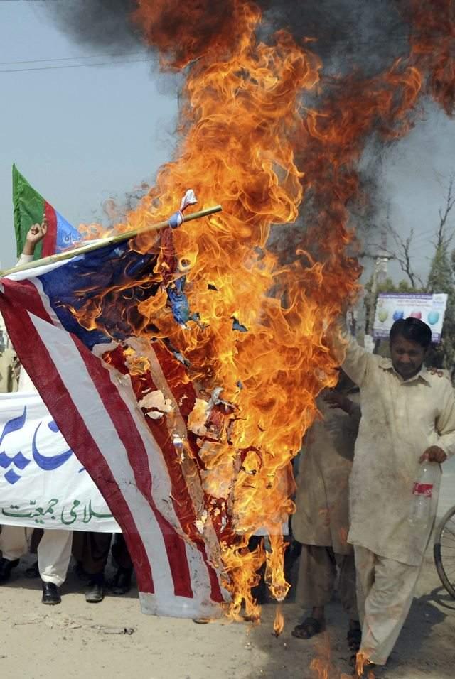 Identifican a quienes quemaron el Corán