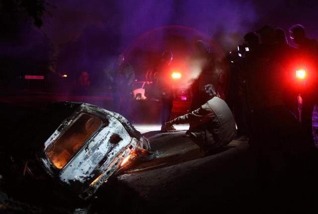 Así quedó el vehículo que transporaba a dos presuntos miembros del cártel de Sinaloa.