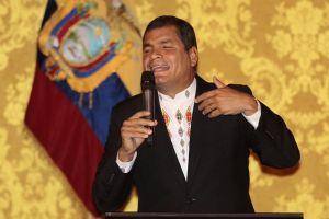 Correa defiende soberanía de Ecuador