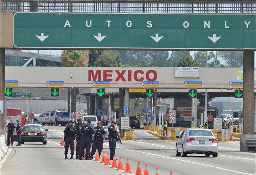 Texas recomienda evitar viajes a México