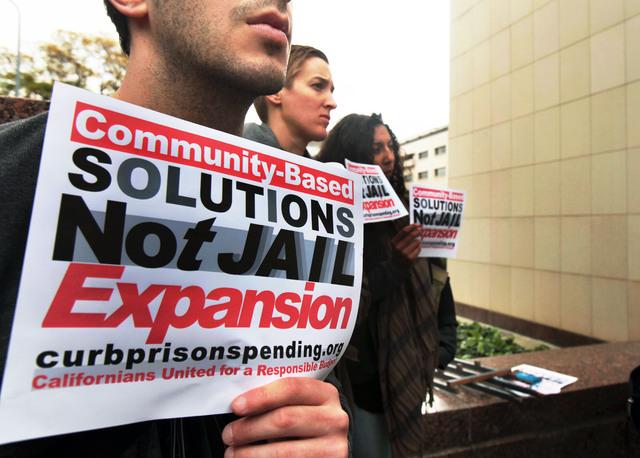 Demandan gasto social, no cárceles