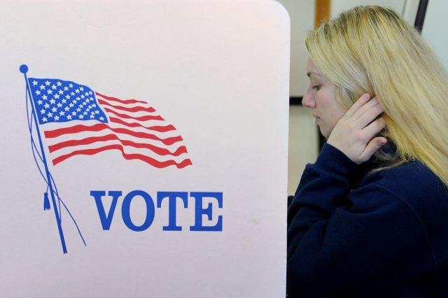 Obama busca conquistar a las mujeres en 2012