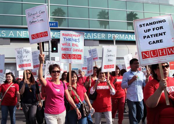 Enfermeras ratifican mejoras en acuerdo laboral