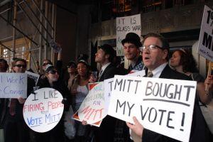 Repudian visita de Mitt Romney a NY