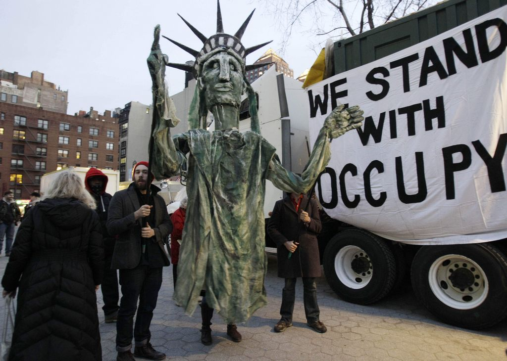 'Indignados' ocupan ahora el Parque Union Square
