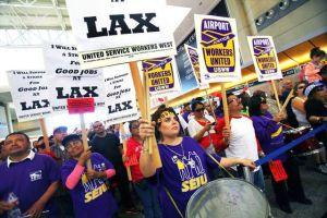 Amenazan con huelga en LAX