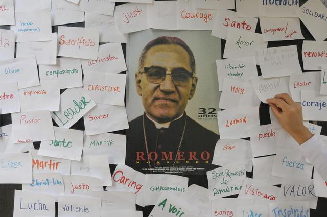 Recuerdan  a Mons. Romero