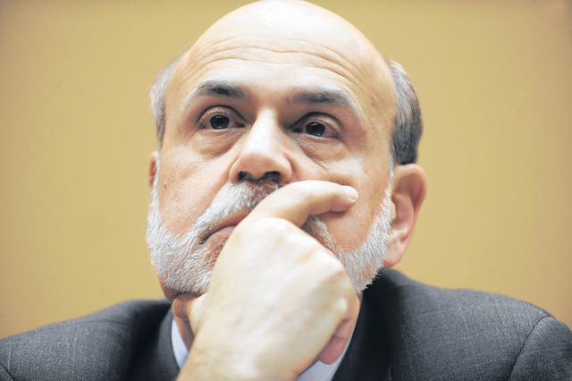 Bernanke cauteloso, pese a mejora del empleo