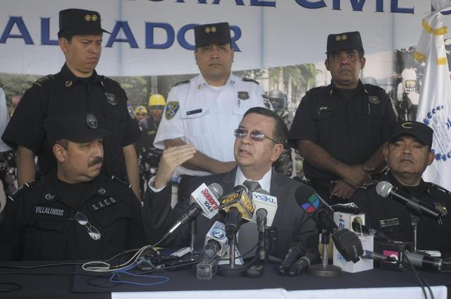 Procuraduría pide explicación a Funes