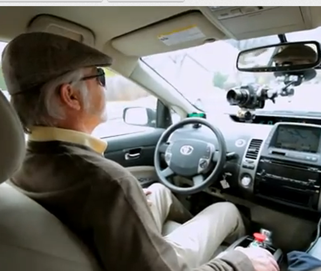Invidente prueba auto con piloto automático