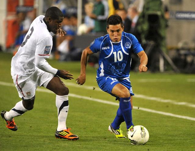 Jaime Alas será el jugador a seguir por los salvadoreños; Orlín Peralta hará su labor con  Honduras.