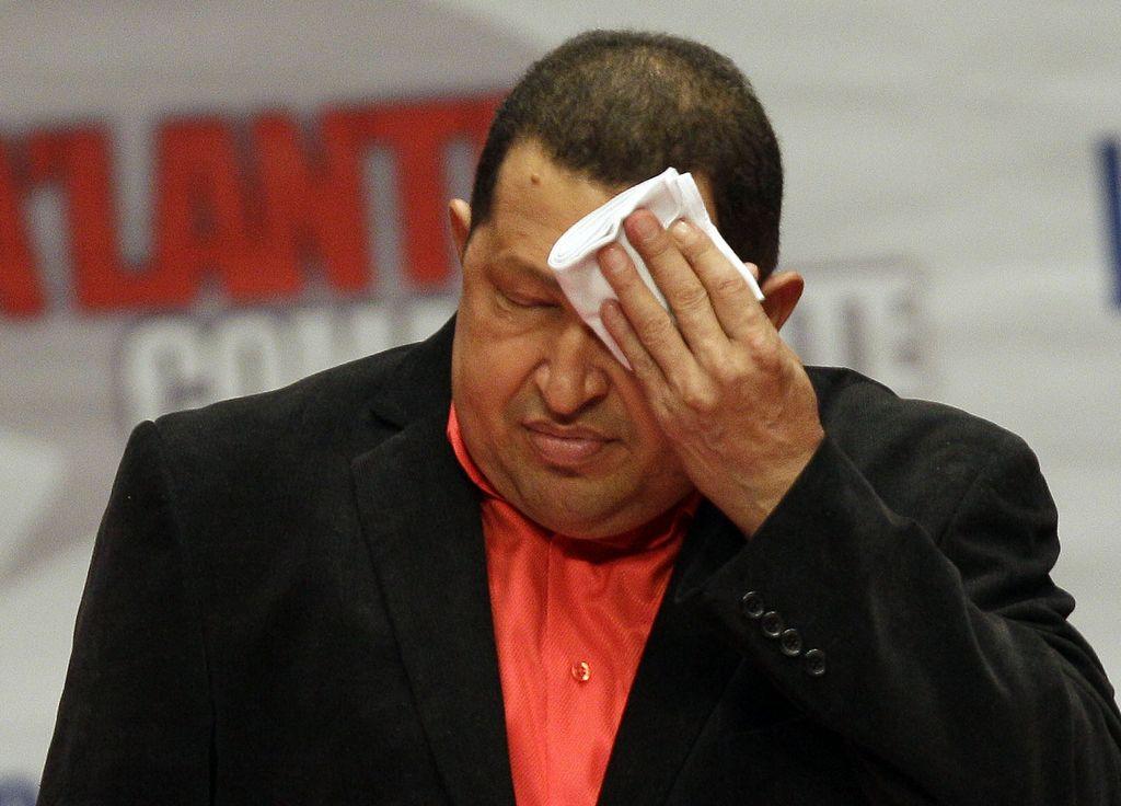 Chávez cuenta que recibe cinco sesiones de radioterapia, todos los días, una por día, durante cinco días consecutivos.
