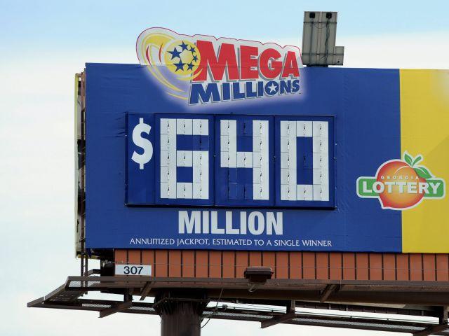 Tres ganan los $640 millones de Mega Millions