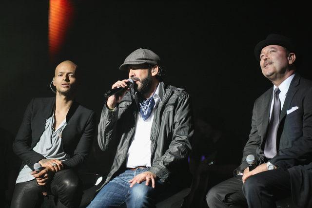 Robi Draco (izq.), Juan Luis Guerra y Rubén Blades el viernes.