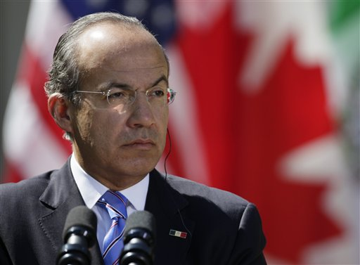 Calderón homenajea a De la Madrid
