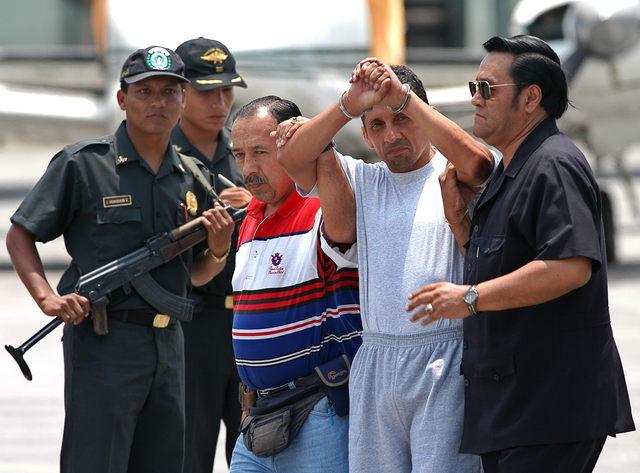 Trasladan de penal a terroristas