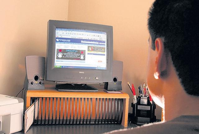 Cada vez se ha vuelto más popular tomar clases por Internet.