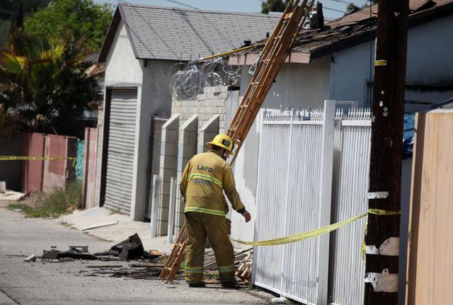 Una mujer muere al incendiarse su casa
