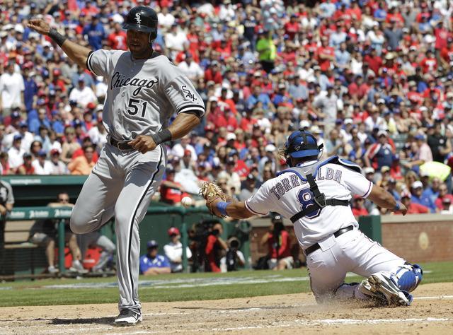 Rangers inician con triunfo Fiesta total en Texas