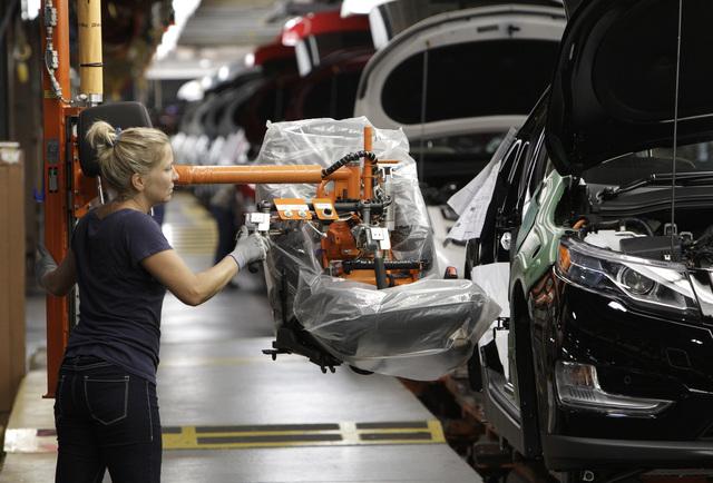 Los empleados deberán trabajar más años, si proceden las sugerencias del Fondo Monetario Internacional.