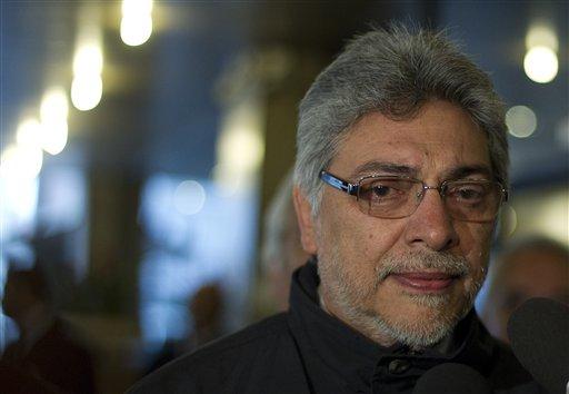 El opositor Partido Colorado indica que ésta sería una maniobra política del Presidente Lugo de cara a las elecciones del 2013.