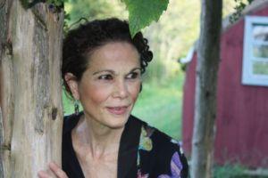 Julia Álvarez presenta en Chicago su novela sobre Haití