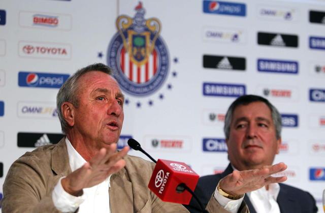 Chivas tendrá nuevo entrenador en una semana