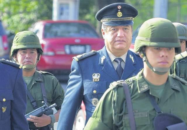 Matan en la vía pública al general Acosta Chaparro