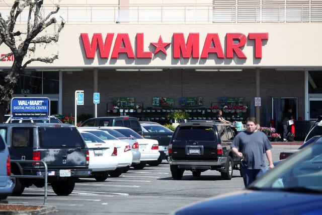 'Deben  investigar a Walmart' en México