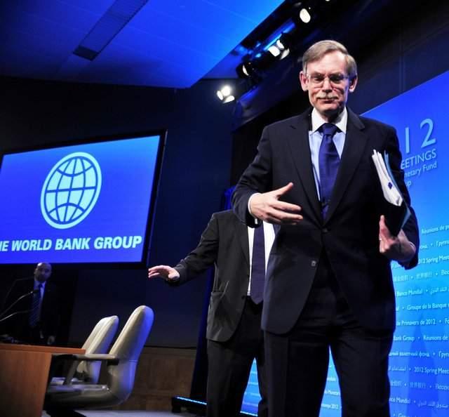 El presidente del Banco Mundial, Robert Zoellick, calificó de 'error', la decisión de  Argentina de expropiar la empresa Repsol YPF.