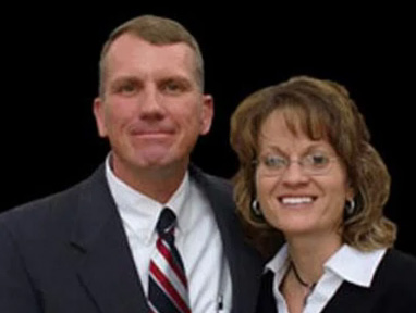 Sean Harris y su esposa.