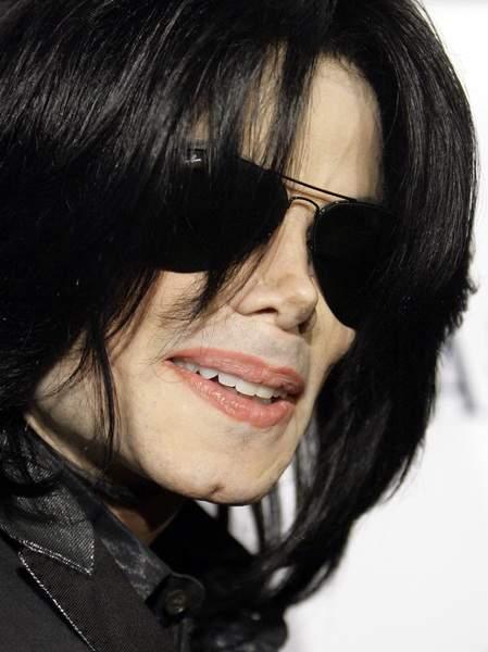 Seguidores de Michael Jackson celebraron la decisión del jurado.