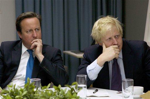 La única esperanza para el premier británico Cameron (derecha) es retener Londres de la mano de Boris Johnson (izquierda).