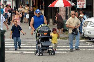 Exigen que NY no enfoque cateos policiales sólo a minorías