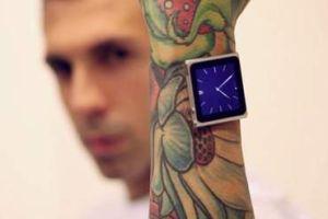 Hombre se implanta imanes en brazo para llevar iPod