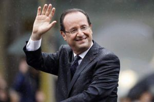 Toma posesión el nuevo presidente de Francia