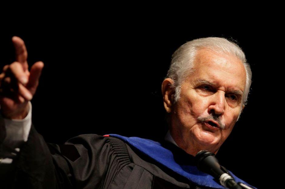 Revelan últimos instantes de Carlos Fuentes
