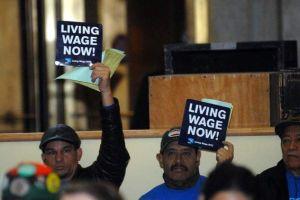 Anulan veto de Bloomberg a reajuste salarial