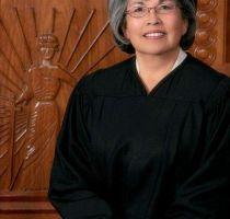 Petra Jiménez, primera hispana en presidir el Supremo de Nuevo México