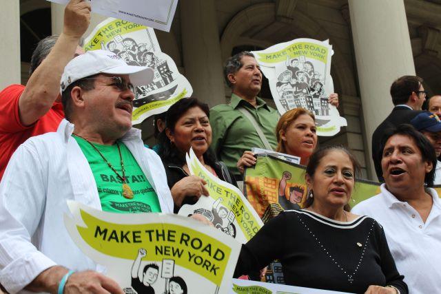 Siete congresistas de NY van contra Comunidades Seguras