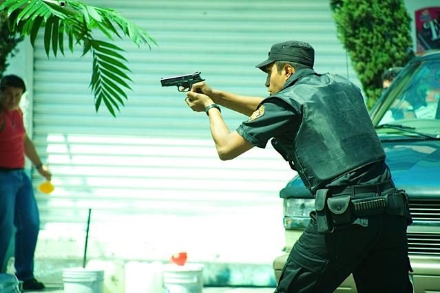 Escena de la cinta que trata la cruda realidad del  secuestro en México.