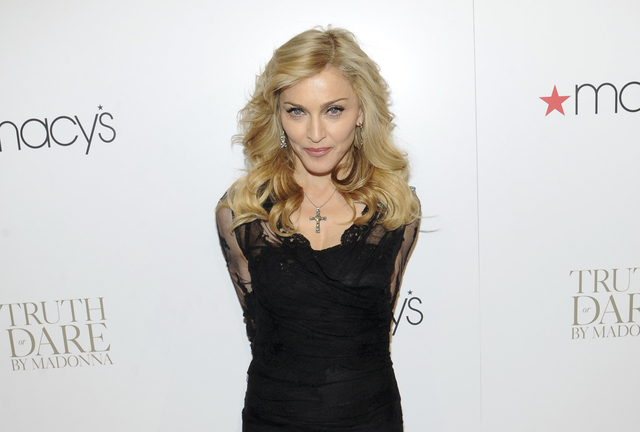 Madonna inicia hoy su gira mundial que la traerá a Los Ángeles el diez y 11 de octubre.