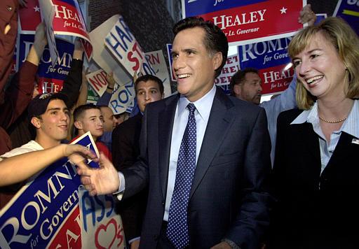 Demócratas se centran en historial de Romney en Massachusetts