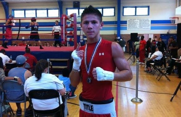 El houstoniano Eduardo García, joven campeón de Texas en Junior Olympics.