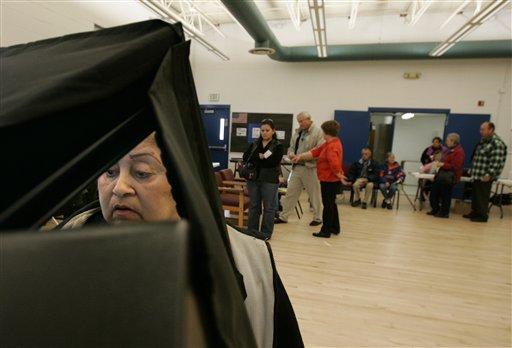 Juez bloquea parte de ley de Florida sobre registro de votantes