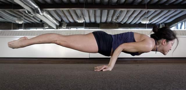 El yoga permite que el cuerpo encuentre un balance físico y emocional.