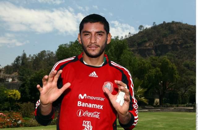 Jesús Corona sabe que tiene que seguir dando buenas cuentas a los técnicos para ser considerado como titular en el Tricolor.